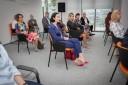 uczestnicy spotkania inauguracyjnego w Centrum Rozwoju Talentów przysłuchują się dyskusji